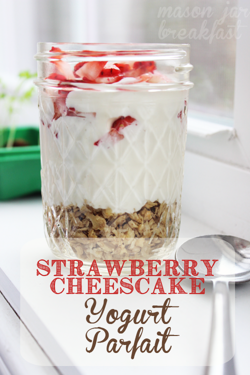 strawberry cheesecake yogurt parfait